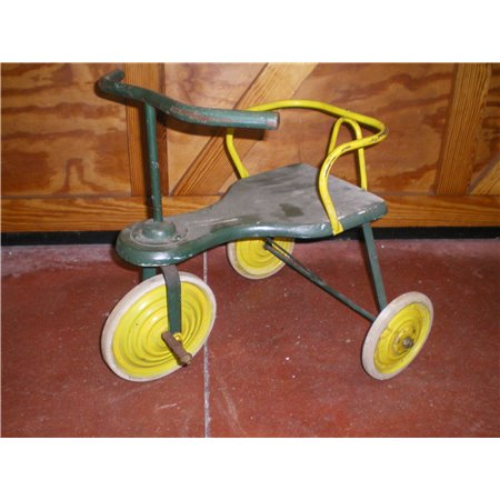 Tricycle Ancien